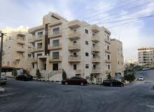 شقة ارضية مميزة للبيع في الجبيهه كاش او اقساط من المالك