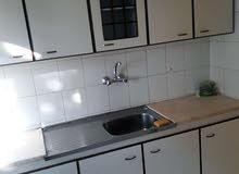 2 نوم شقة ارضية فارغة للايجار المدينة الرياضية 230 دينار