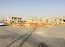 قطعه ارض 750 متر على شارعين حي السندباد