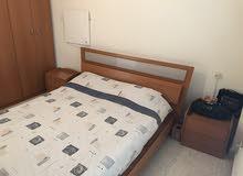 غرفة نوم للبيع في صيدا - عبرا