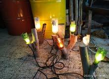 اعصان أشجار مع اضواء