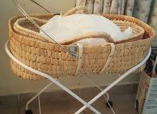 سرير  طفل مولود بالمرتبة تحفة قابل للتفاوض