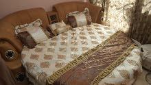 سرير مدور للبيع