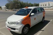 تاكسي 2015  للبيع مع الرقم سبع ركاب عائلي  4350 ريال