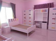غرف نوم ومنتجات خشبية منوعة