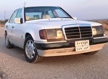 White Mercedes Benz E 200 1987 for sale