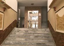 شقة ارضية مميزة للبيع في الرابية 170م مع ترسات 80م تشطيب سوبر ديلوكس