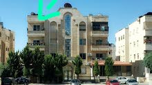 شقة في حي الرونق(البيادر) خلف النادي الاهلي