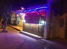 مقهي سندوتشات وبيتزا للايجار او الشغل بي النص