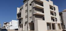 توجد شقة جديد نص تشطيب ماشاء الله حجم كبيرة للبيع في السراج جهة شارع حمودة