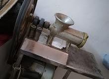 ماكينة فرم لحمة صناعية وفرن غاز للبيع