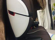 كرسي سيارة للاطفال بحالة ممتازة