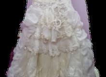 فستان اعراس للبيع
