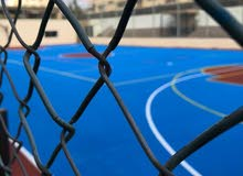 تجهيز ارضيات ملاعب كرة السلة ،التنس الارضي، متعدد الاغراض