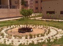 شقه داخل كمباوند للبيع بمدينة حدائق اكتوبر