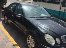 للبيع مرسيدس e200 موديل 2004