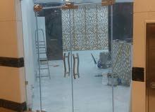 فنى زجاج سكريت ومرايات جميع مناطق الكويت