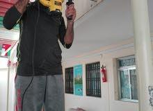 نقوم بتركيب صوتيات ليس لدينا عمال اجانب انا عماني وبيجي اشتغل بتركيب