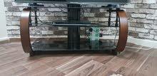 طاولة تلفاز استخدم 3 اسابع