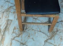 كرسي لوح اصلي يحتاج لتغيير المقعد فقط السعر 50