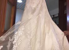 فستان عرس مع الطرحه اللون اوف وايت للايجار 500 للبيع 1500
