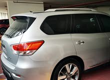Pathfinder 2013, full options with dvd screens and moonroof