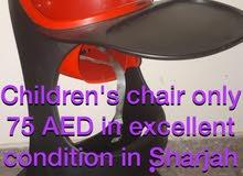 كرسي اطفال  بحالة جديدة