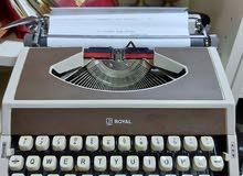الة كاتبه انجليزي typewriter شغاله