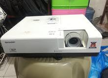 بروجتكر ماركة شارب ممتازة للبيع Projector Sharp