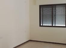 شقة للبيع  111 م في ضاحية الاستقلال / طابق ثاني