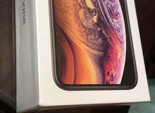 ايفون XS 64 G جديد بجلاتينه مش مفتوح