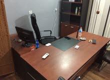 مكتب متكامل للبيع