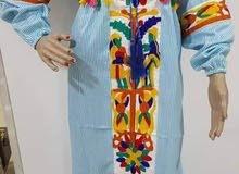 عبايات استقبال وتنفع لخروجات بالوان ومقاسات مختلفه