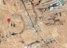 للبيع طريق المطار 4 دونم بجانب مشروع الامراء و مشروع زينه عمان و مشروع منازل طري