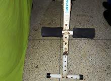 كرسي لتمارين رياضة وديسكات من وزن 1 كيلو