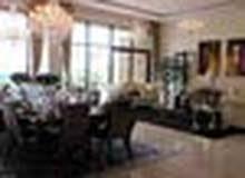 المشروع عبارة عن فيلات تاون هاوس وفيلات 2 غرفة و3 غرف طابقين السعر 1.390.000