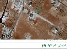 للبيع ارض 899 م سكن ب منطقه فلل  في مديريه شمال عمان حوض ابو القرام
