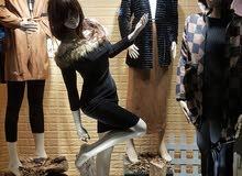 مطلوب موظفين وموظفات مبيعات ملابس نسائية بخبرة للعمل في طبربور