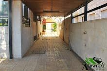 فيلا مستقله للبيع في اجمل مناطق ابو نصير بمساحة ارض 585م و بناء 750م .