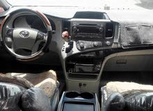Used condition Toyota Siena 2011 with 90,000 - 99,999 km mileage