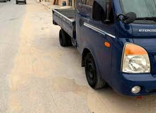 بورتر لنقل البضائع داخل وخارج طرابلس