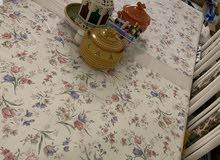 طاولة طعام + طاولة بوفيه