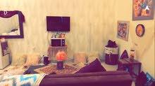 فتاة للمشاركة بالسكن ببوابة ابوظبي