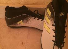 جواتي ماركة adidas