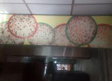 مطعم بيتزا ومعجنات يعمل بشكل جيد جدا