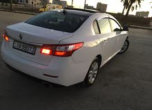 White Renault Latitude 2011 for sale