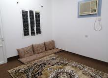 غرفة مؤثثة الرميس للايجار ب 70 ريال شامل الماي والكهرباء