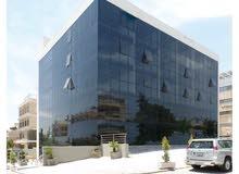 عيادات طبيه مكاتب مخازن تجاريه للايجار بجانب مستشفى الشميساني
