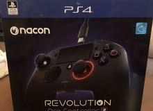 يد تحكم احترافية nacon Revlution2 للبيع