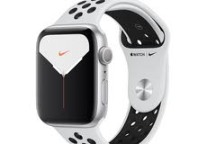 Apple Watch series 4 44mm gps and cell Nike
